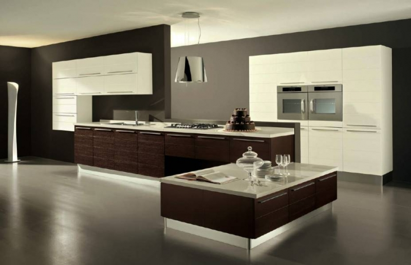 Минималистическая стильная кухня в комбинарованных тонах