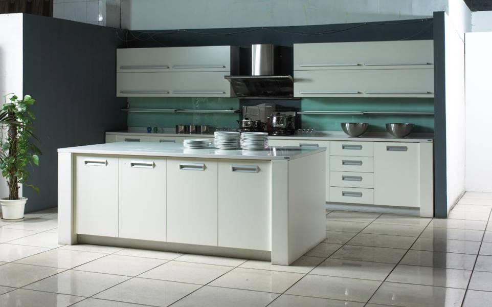 Кухня Hi Tech 31