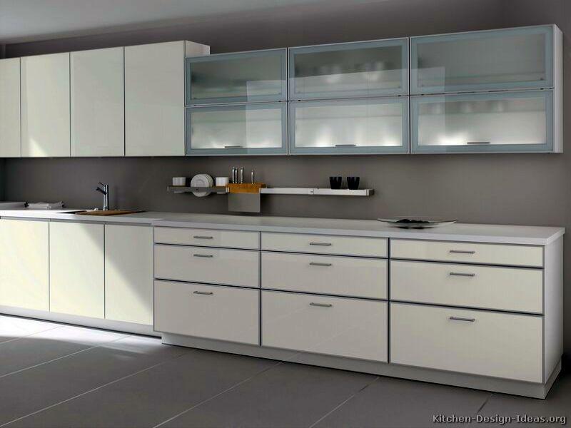 Кухня Hi Tech 12
